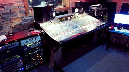Mix Room at Studio Live USA